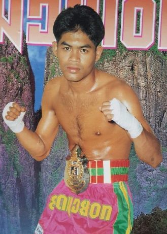 boonlai muay thai fighter golden era legend